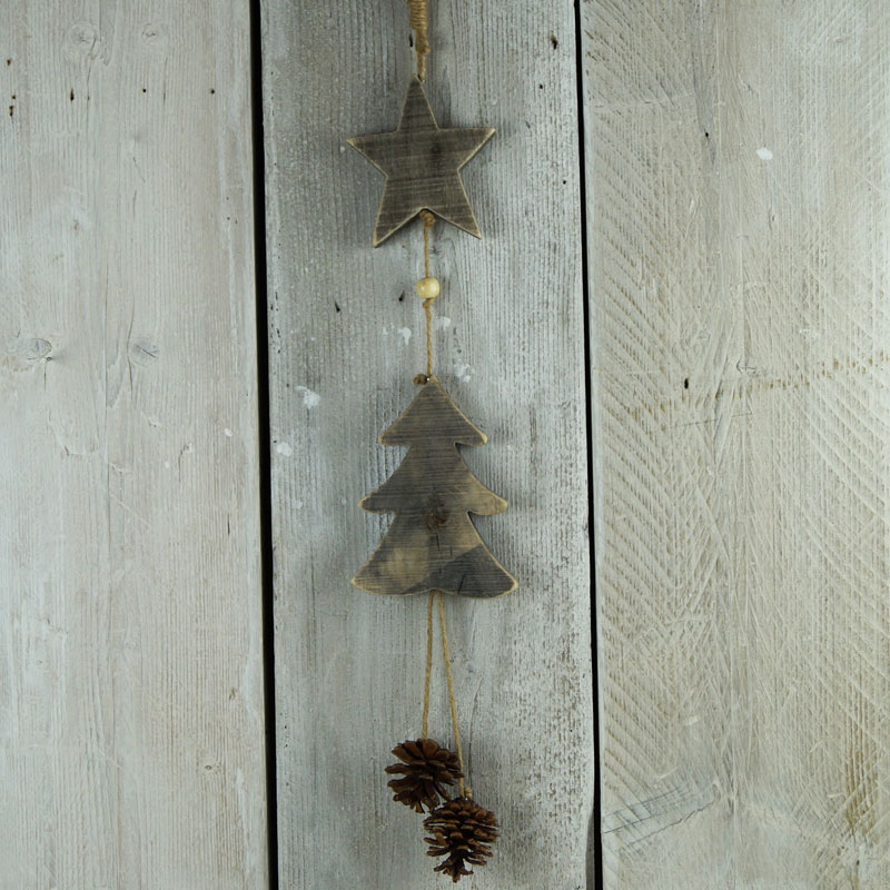 Driftwood garland satchville gift co christmas decoration for How to make a hanging driftwood christmas tree