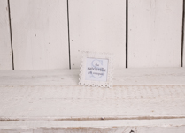 Lovely white shabby chic photo frame, great home accessory!