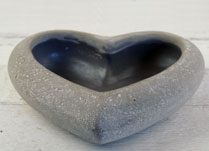 Cement Heart-Shaped Dish with Rim