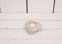 Stunning heart shaped cement tea light holder! Would make a perfect home accessory.