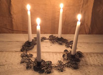 Grey Grecian Wreath Candle Holder