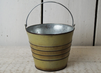 Light Brown Zinc Ridged Bucket with Handle