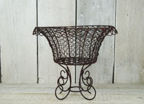 Elegant wire bowl planter for wedding decoration