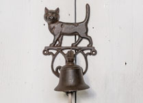 Cast Iron Doorbell with Decorative Cast Iron Cat