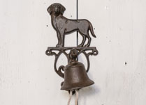 Cast Iron Doorbell with Decorative Cast Iron Dog