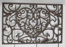Cast Iron Door Mat with Pretty Heart Design