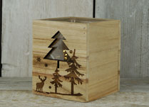 Wooden Tealight Holder with Nordic Christmas Design