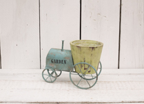Tractor with Wooden Pot detail page