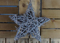 Whitewashed Twig Star Wreath