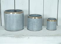 Set of 3 Ribbed Planters