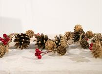 Christmas Garlands detail page