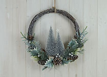 Christmas Round Wreaths detail page