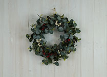 Leaf & Berry Wreath